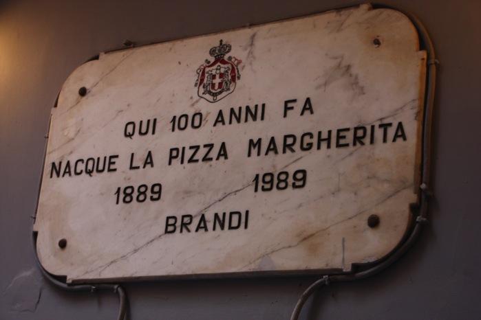 マルゲリータ発祥の看板