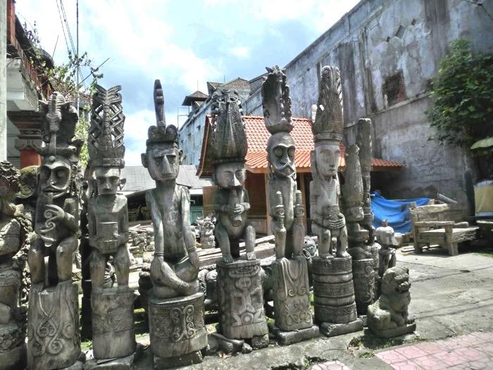 バリ島 石像の村